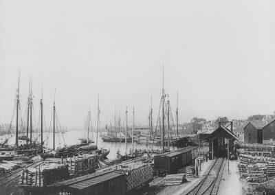 Claes-Bangor, ME, Docks001